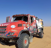 Firemen Dakarteam crasht in Dakar rally