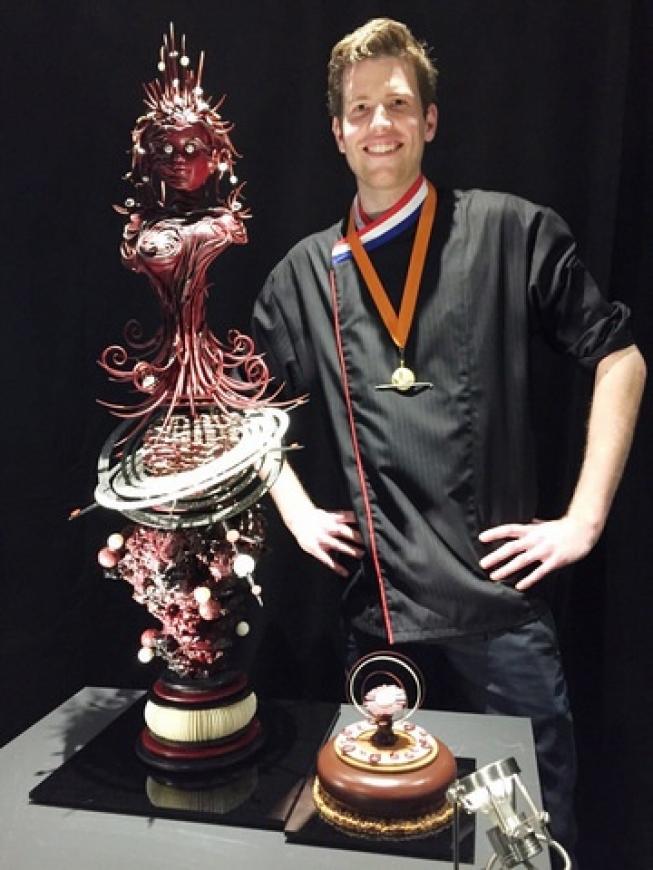 Patissier Robin Hoedjes (25) van Huize van Wely wint Dutch Pastry Award!